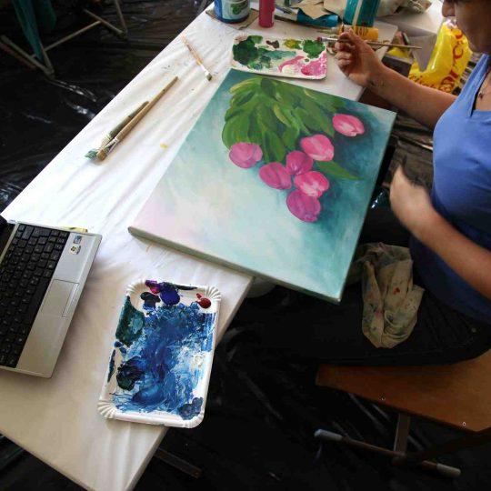 http://www.artcross.at/camp/wp-content/uploads/2013/11/Artcross111-540x540.jpg