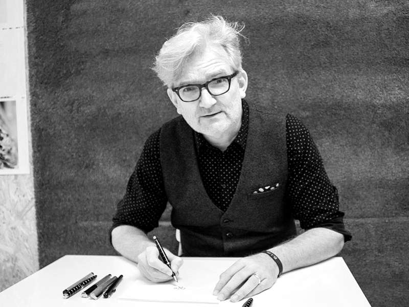 https://www.artcross.at/camp/wp-content/uploads/2017/10/Portrait-Matern-Günter-sw-800600.jpg